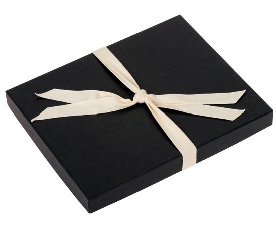 Black colored Boutique Gift Box Packaging for your photos.