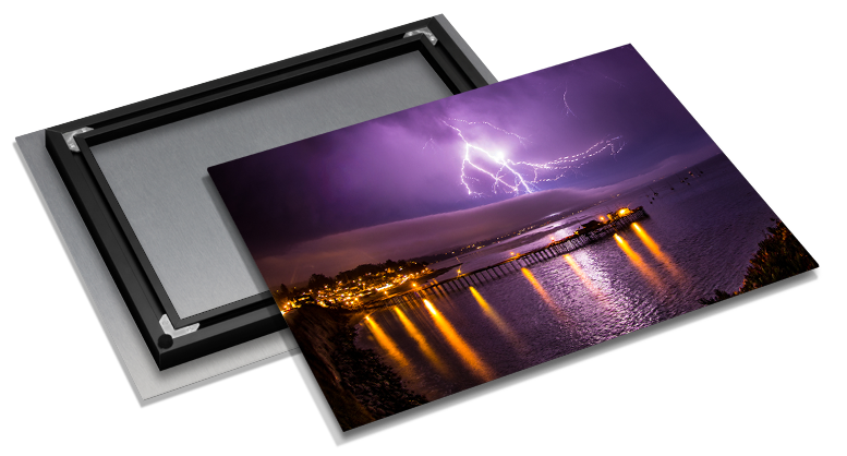 Add an Inset Frame to your Epic Print for a modern float effect.